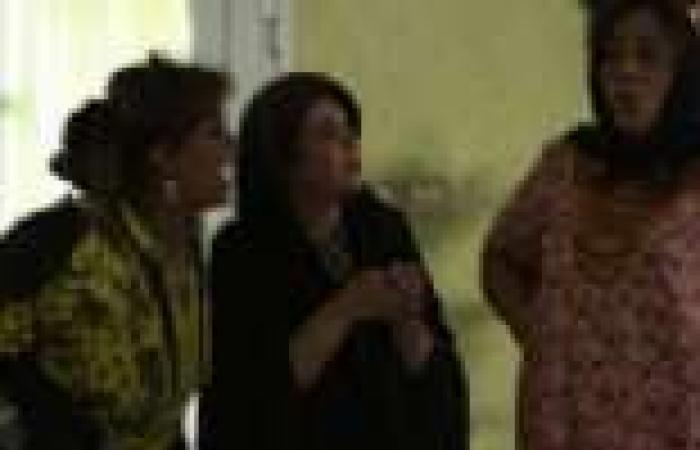 """الحلقة (15) من """"سوق الحريم"""": زوج """"إلهام"""" يفاجئها بتقديم مستندات تؤكد امتلاكه منزلا ومحلا"""