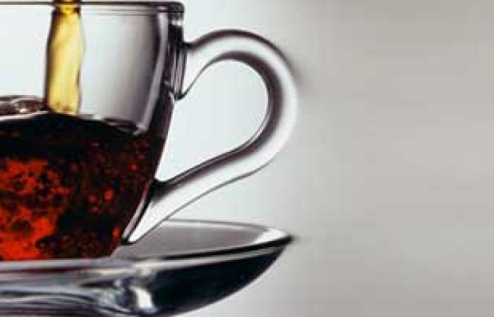 الديلى تليجراف: تناول الشاى الرخيص يزيد من أمراض العظام والأسنان