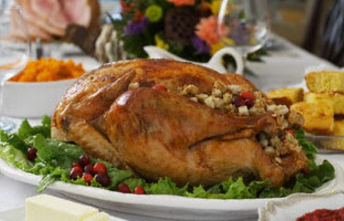 ما المواد الغذائية اللازم تناولها عند الإصابة بقلة الشهية؟