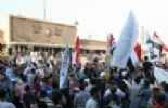 """مظاهرة في قفط لتفويض الجيش للقضاء على """"الإرهاب"""""""
