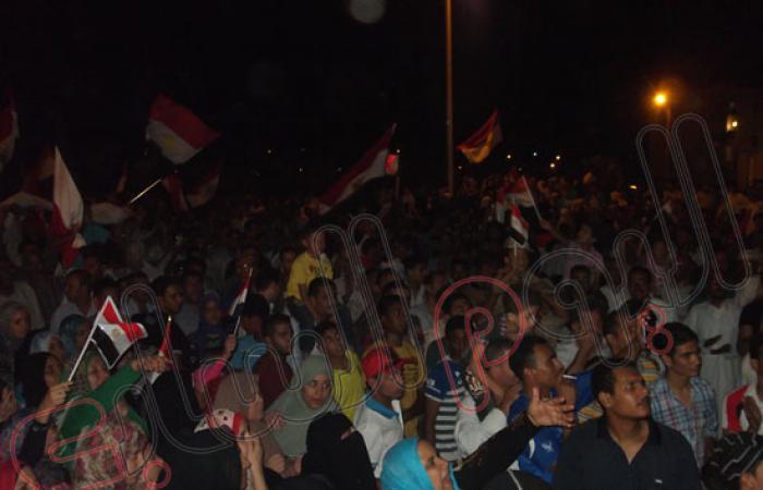 بالصور.. آلاف السيناوية يشاركون فى مظاهرة تأييد الجيش