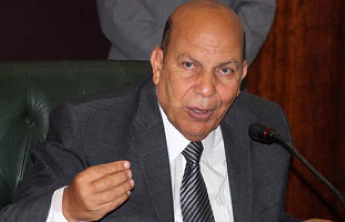 اليوم.. وزير التنمية المحلية يتلقى تقارير الجهات الحكومية لحركة المحافظين