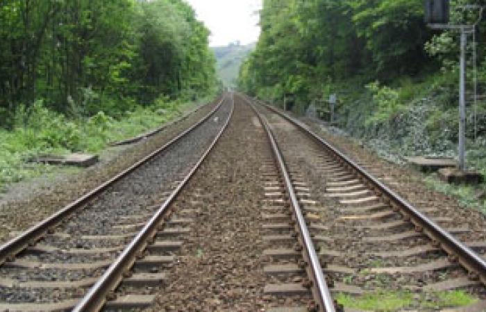 السلطة الفلسطينية ترفض مشروعا إسرائيليا لمد سكة قطار بالضفة
