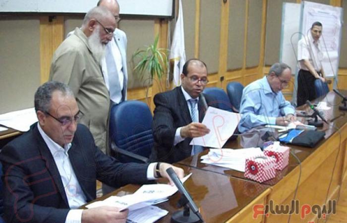إعادة انتخابات رئاسة جامعة أسيوط بين أعلى الحاصلين على الأصوات