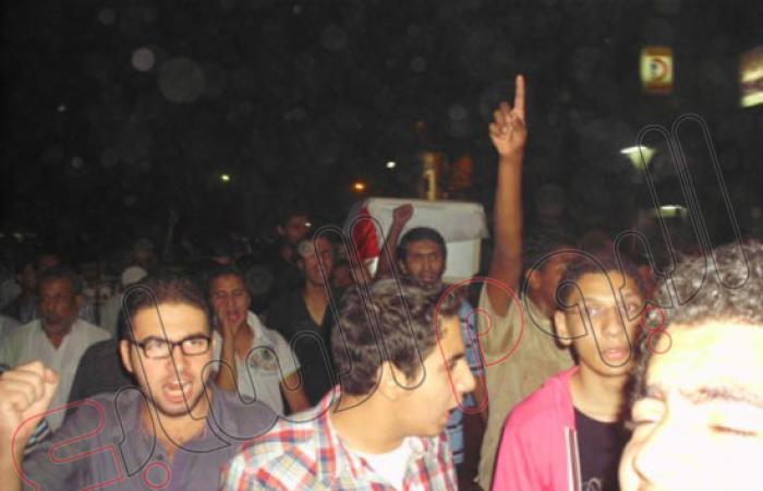 بالصور.. الآلاف يشيعون شهيد المحلة فى أحداث رابعة العدوية