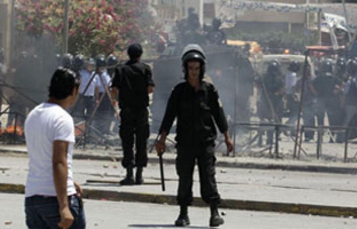 الشرطة التونسية تطلق الغاز المسيل لتفريق احتجاجات فى سيدى بوزيد