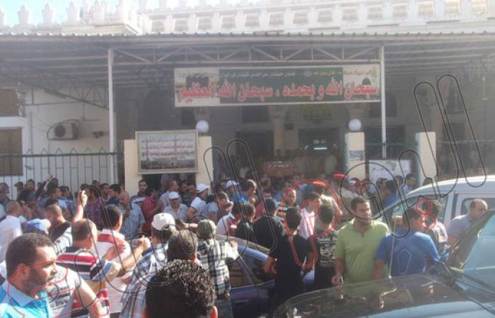 بالصور.. تشييع جنازة الضحية الثانية فى اشتباكات بورسعيد فجر الأحد