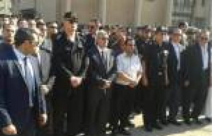 بالصور.. وزير الداخلية يشارك في تشييع جنازة ضابط قتل في «النصب التذكاري»