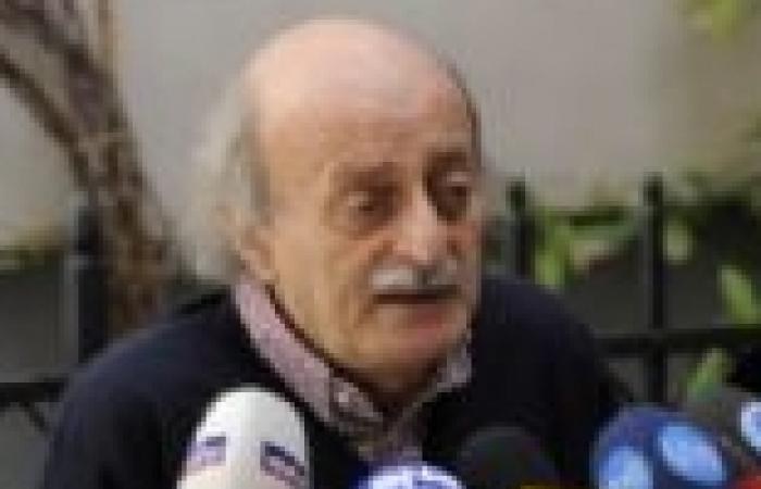 """""""جنبلاط"""" يدعو للحفاظ على الثورة المصرية ويحذر من الوقوع في فخ الإخوان"""