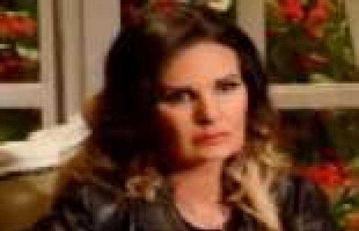 """الحلقة (21) من """"نكدب لو قلنا مبنحبش"""": دانا تخبر مريم أن عاصم يخونها مع رانيا"""