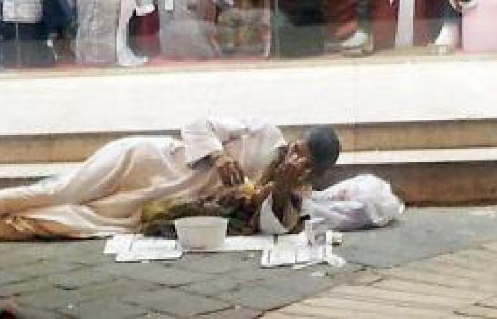 التسول بالعاهات يقلق متسوقي البلد