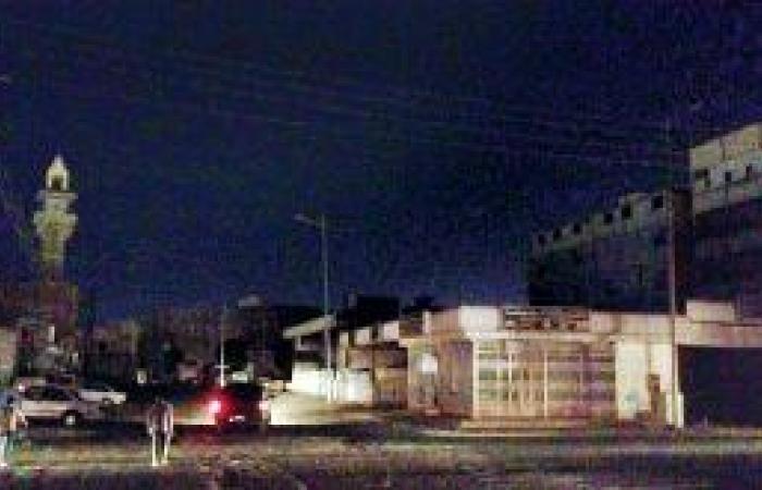انقطاع الكهرباء يوقف الحركة في أسواق بيشة