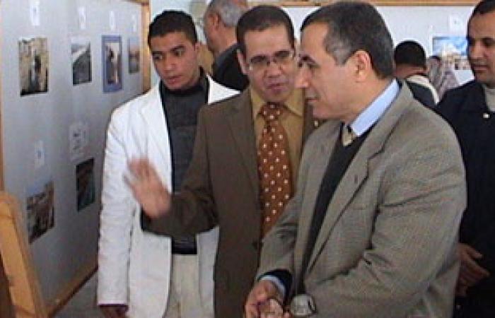 مجلس جامعة المنيا يعتمد عدداً من القرارات ويقبل هدايا لبعض الكليات