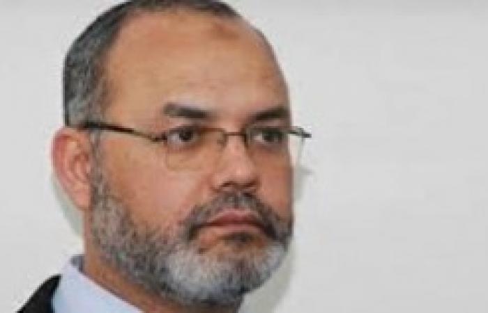 """اختراق صفحة """"سعد الحسيني"""" ونشر صور تؤيد الفريق السيسي"""