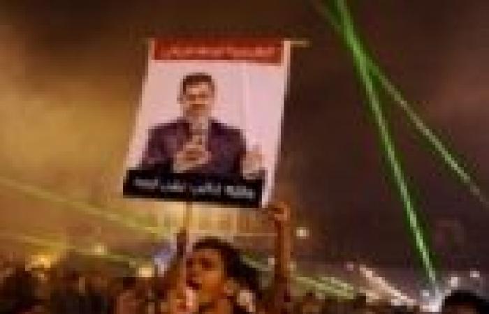 """الآلاف من أعضاء """"الإخوان"""" يتظاهرون أمام مديرية أمن الإسكندرية"""