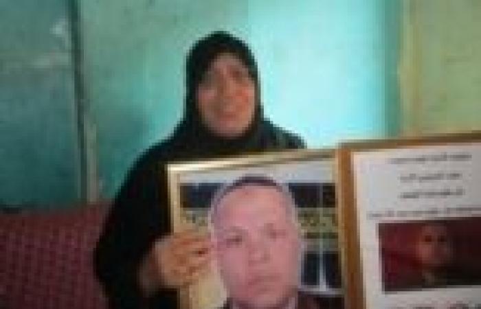 والدة الشهيد طارق عبداللاه: قعد 14 سنة من غير خلفة واستشهد بعد ما ربنا كرمه بتوأم