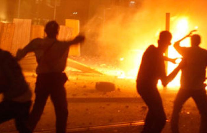 أمن المنيا يطلق القنابل المسيلة للدموع باشتباكات بين مسلمين وأقباط