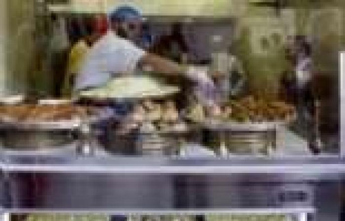 بالصور| الحلوى الشامية والعصائر السورية تنتعش في رمضان بيروت