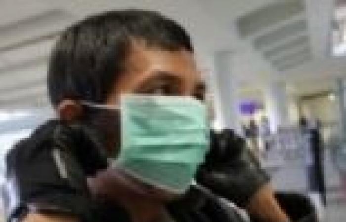 """الكشف على الوافدين من السعودية خوفا من نقل فيرس """"كورونا"""""""