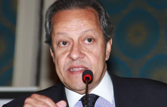 عبد النور يعلن عن رؤية حكومية لحل أزمة الطاقة ووضع آلية لاستيراد الفحم