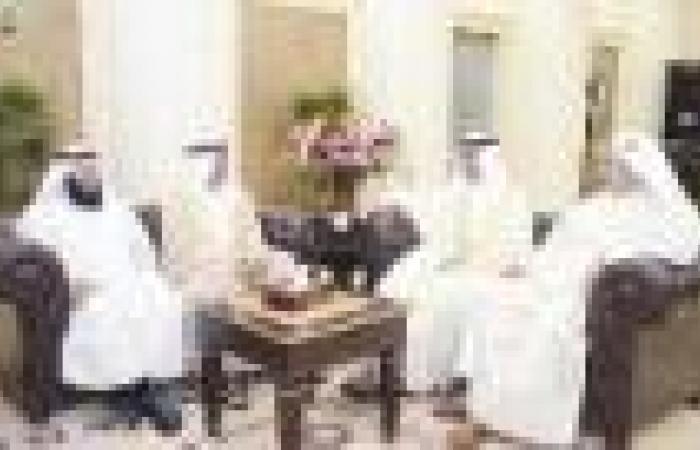الغانم استقبل الخرافي  وترأس اجتماع مكتب المجلس