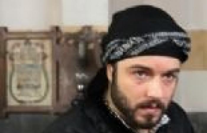 """الحلقة (25) من """"قمر الشام"""": نذير يقتل الزعيم أبو حمزة"""