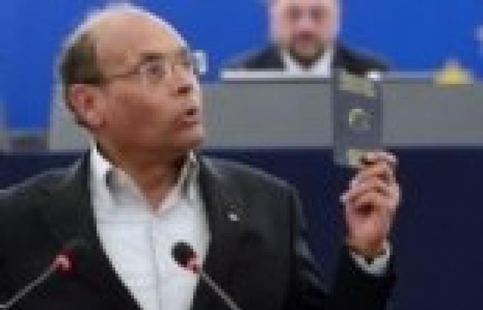 الرئيس التونسي يطلق حملة تبرعات للجيش والقوى الأمنية