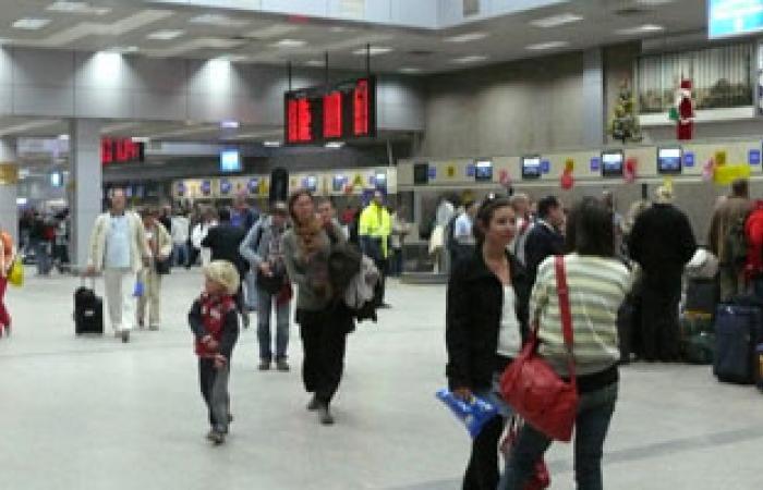 وصول 11 ألفا و250 سائحا لمطار الغردقة في أول أيام العيد