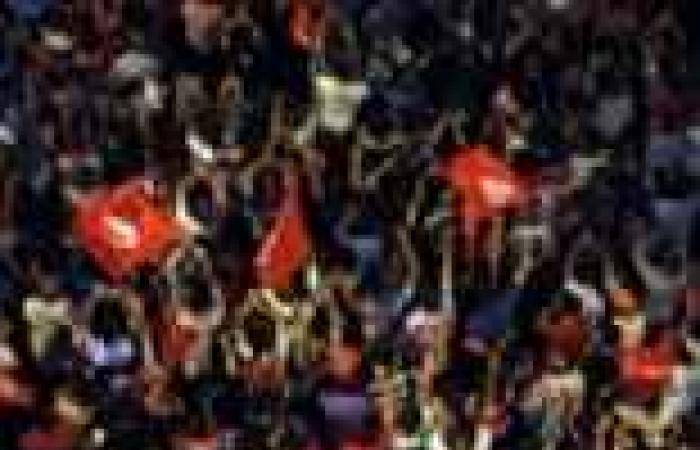 محللون: تونس في طريقها للسيناريو المصري بعد تجميد المجلس التأسيسي