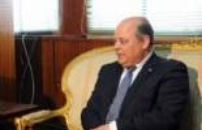 أزمات مهرجان القاهرة السينمائى تصل إلى القضاء.. ووزير الثقافة يرفض التعليق