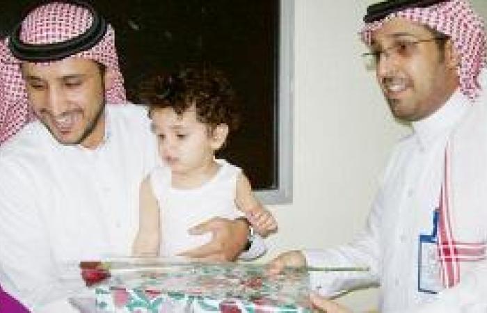 عيد مستشفى الإيمان  ورود وتمديد زيارة