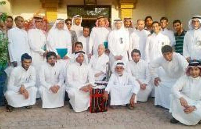 أصدقاء المرضى يزورون نزلاء جمعية سيهات