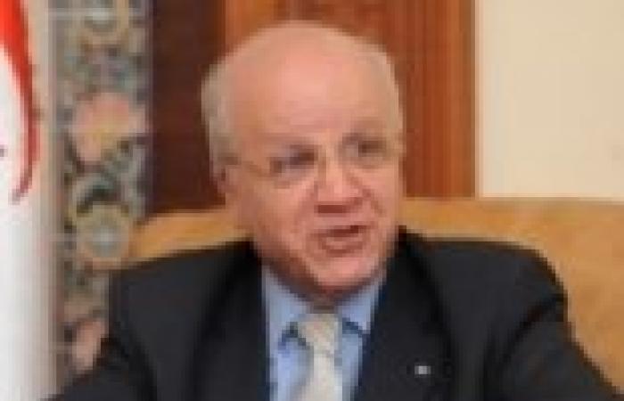 وزير الخارجية الجزائري يستقبل نائب وزير الخارجية المصري