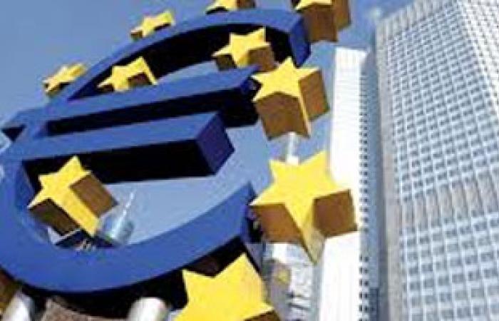 خبراء يتوقعون إعلان انتهاء الركود الاقتصادى فى منطقة اليورو