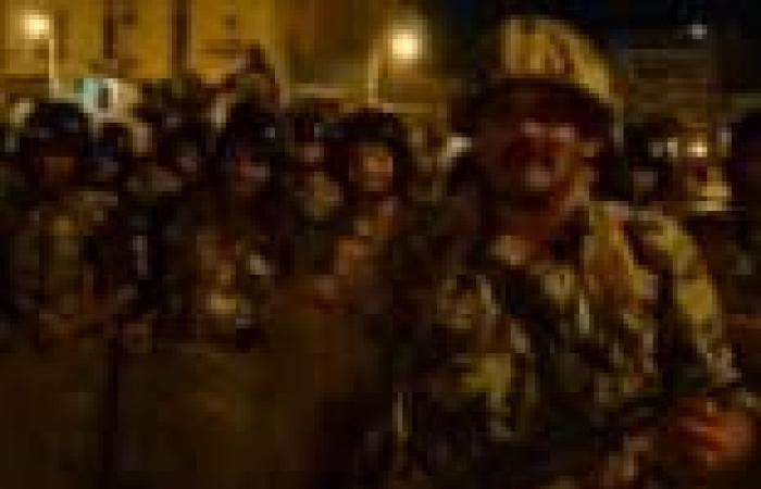 أمن السويس يرصد عناصر ملثمة تطلق النار على قوات الجيش أمام المحافظة