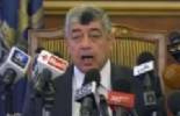 وزير الداخلية: سنتخلى عن ضبط النفس إذا تمت مهاجمتنا بالسلاح