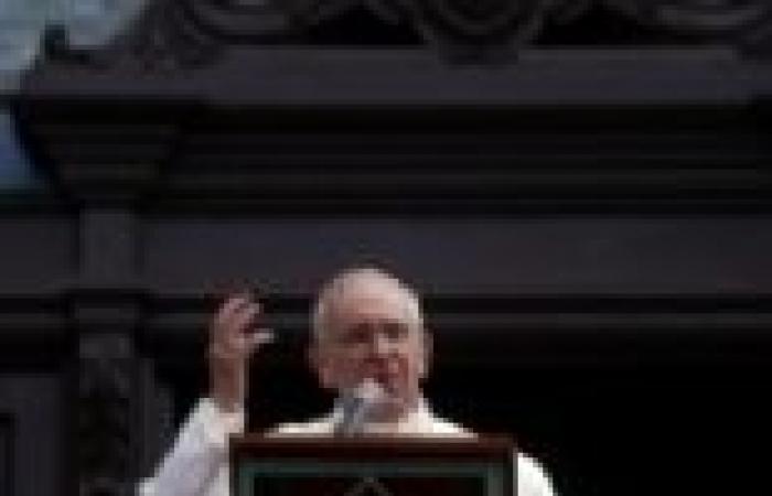 البابا فرنسيس يصلي من أجل ضحايا اشتباكات أمس في مصر