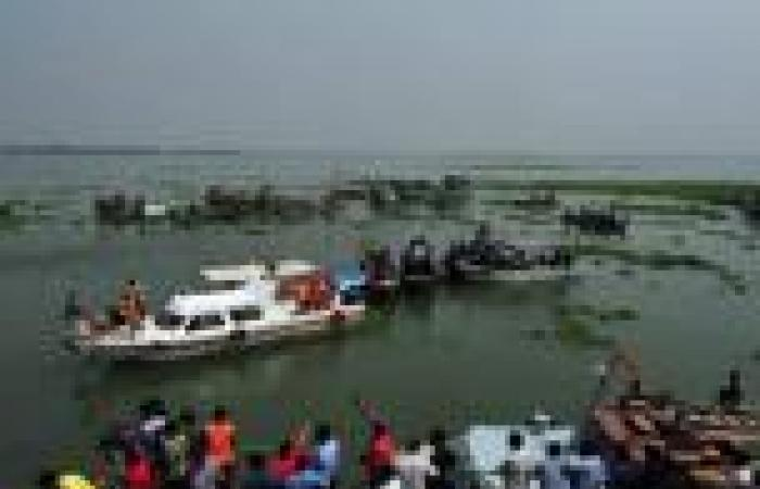 مقتل 24 وفقد 300 في غرق عبارة فلبينية