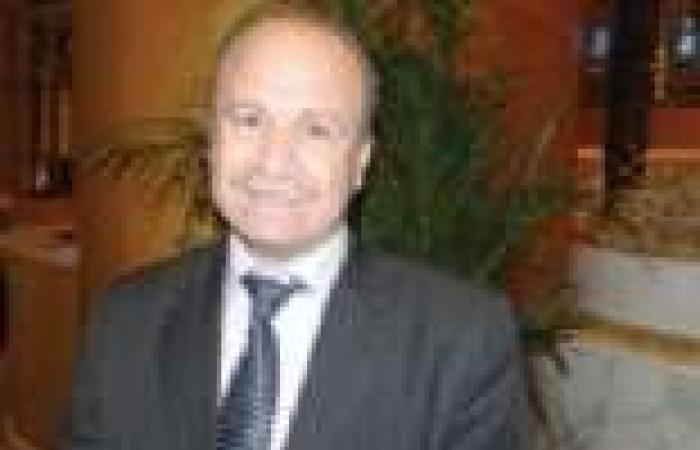 فنان تونسي يعتدي بالضرب على وزير الثقافة أثناء موكب رسمي