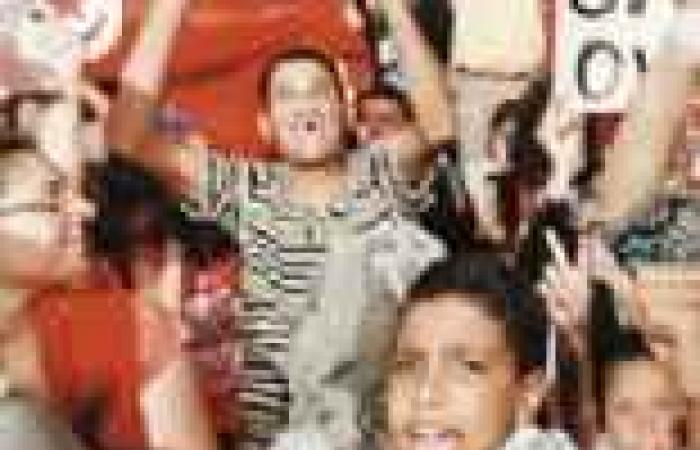 المعارضة التونسية ترفع صور «السيسى» فى مواجهة «النهضة» الإخوانية.. والاعتصام يدخل مرحلة الإضراب