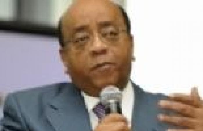 """الملياردير السوداني محمد إبراهيم ينتقد الرؤساء الأفارقة """"المسنين"""""""