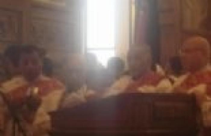"""تهديدات لـ""""قس"""" بحرق كنيسة مارجرجس بمدينة طامية بالفيوم"""