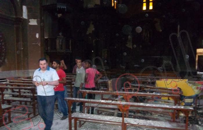 بالصور.. التيار الشعبى يزور الكنيسة اللاتينية المحترقة بالسويس