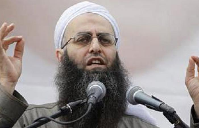 صحيفة لبنانية: السلفي أحمد الأسير مختبئ في مخيم عين الحلوة بجنوب لبنان