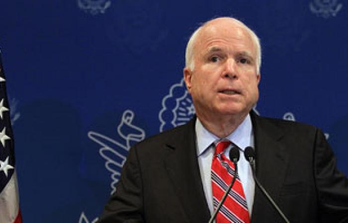 ماكين يؤكد استخدام الأسد السلاح الكيماوى ويدعو أوباما للتدخل عسكريا