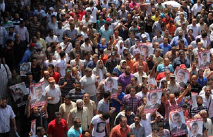 """أهالى وتيارات سياسية بـ""""هرية رزنة"""" الزقازيق ينظمون مسيرة مؤيدة للجيش"""