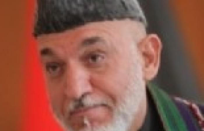 كرزاي يؤكد على الحاجة لمساعدة باكستان في عملية السلام مع طالبان