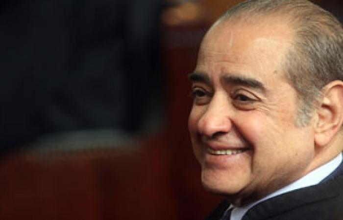 """الديب: لن أطعن على تحديد إقامة مبارك وحبسه فى هدايا الأهرام """"مسخرة"""""""