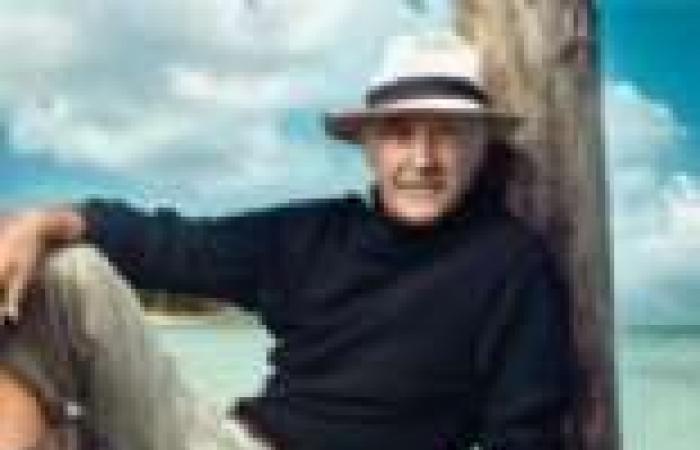 """مايكل كين ينفي مزاعم صحيفة ألمانية حول إصابة شون كونري بـ""""ألزهايمر"""""""