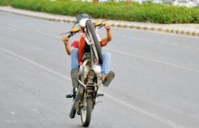 الدراجات النارية .. أقصر الطرق للموت
